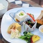 珈琲ベルグ - 料理写真:ランチの前菜