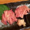 クック(九々)の炭焼地鶏 - 料理写真:白レバ刺し¥700