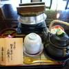 有隣倶楽部 - 料理写真:<旬の膳>松茸釜めしと土瓶蒸し 2160円