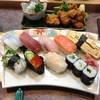 大漁すし - 料理写真:ランチのにぎり寿司