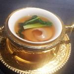 シェンロン トーキョー - フカヒレ(下に卵豆腐)