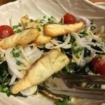 炉ばた 十介 - 白身魚とわかめのサラダ