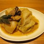 龍馬 しゃも農場 - 牡蠣、カブ、キャベツ、オクラの煮物
