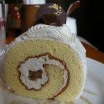 栗の木テラス - 「栗のロールケーキ」