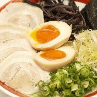 【新感覚】透明スープのトンコツラーメン