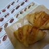 オ・フルニル・デュ・ボワ - 料理写真:人気NO2のクロワッサンを頂いてみました。