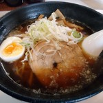 らーめん 佐々舟 - 「醤油ラーメン+ご飯」700円也。税込。