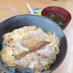 松月 - 「カツ丼 600円」