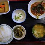 おきよ食堂 - 胡麻ブリ定食