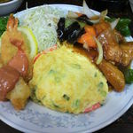新華苑 - 料理写真:豪華な定食
