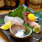 小料理・味処 えん - お造り・淡路島の生鯖と玄界灘の黄はた