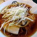 麺屋 八 - 正油ネギラーメン