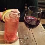 31285951 - カンパリソーダと赤ワイン