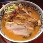 らー麺屋 バリバリジョニー - レッドカレーラーメン+チャーシュー