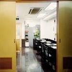 新日本料理 美正 - 個室のお席もご用意しております。(現在ハテーブル席となっております。)