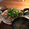 ニシクボ食堂 - 料理写真:鶏肉のパリパリ甘辛揚げ定食