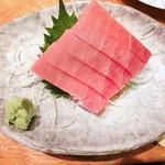 寿司居酒屋 日本海 - バチ鮪中トロ刺し