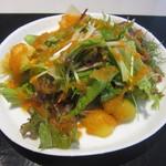 御料理 梅田 - サラダ。季節の栗も入ってます♪