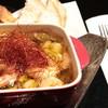 しゃばだば YO - 料理写真:海老たっぷり、アヒージョ!焼いたパンとそのままのパン2種類でお楽しみいただけます。