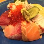 十干 - 旬の海鮮ちらし丼 限定20食 1030円