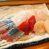 日の出寿司 - 料理写真:お造り(秋刀魚、マグロ、ホタテ、平目)