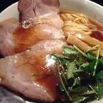 鏡花 - 【New!】大盛醤油チャーシュー麺(拡大)