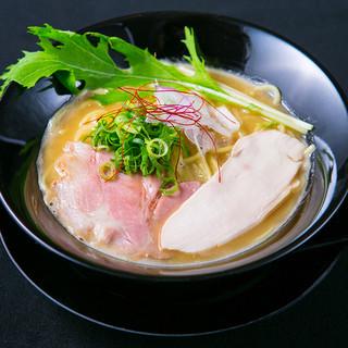 ダイナsoul - 料理写真:地鶏中濃らーめん