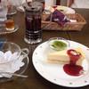 アンティーブアンドカフェ - 料理写真:アンティーブティーとチーズケーキ