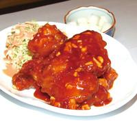 ヤンニョムチキン(韓国味付けから揚げ)