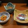 ゆうぎり - 料理写真:2500円コース/雲丹、秋刀魚刺し、?