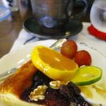 喫茶+バー 48 PAN - ランチのデザート、コーヒー