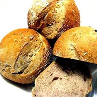 自家製縄文パン