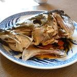 富山・氷見温泉  民宿・磯料理  魚恵 - ブリのお頭