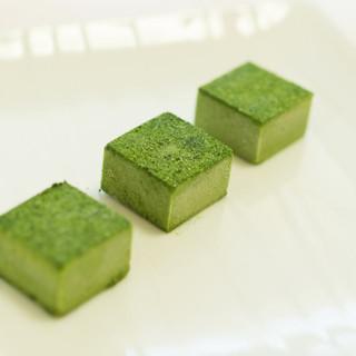 三原豆腐店 - 料理写真:豆腐生チョコ(抹茶)