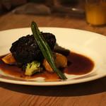ディオチヂ - 氷見牛のホホ肉のワイン煮