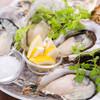 ターブル ド ペール - 料理写真:瀬戸内直送!殻付き生牡蠣!ぷりっぷりです!