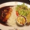 貴族の森 - 料理写真:チキンカレープレート(1,050円)