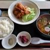 東洋軒 - 料理写真:日替りB(若鶏唐揚・ライス・半ラーメン)750円