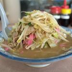 井手ちゃんぽん - 「ちゃんぽん」(700円)。見事な野菜盛り。コレで普通盛りです。コレだけでお腹一杯。