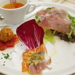 チェザリ - ランチの前菜盛り