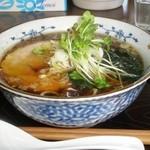 田舎屋 - 料理写真:魚介和だし中華そば 630円