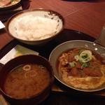 32052756 - ワンコイン丼/カツ玉定食