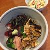 梅寿司 - 料理写真:ランチ  穴子とマグロ漬け丼  小鉢・赤だし付き♪