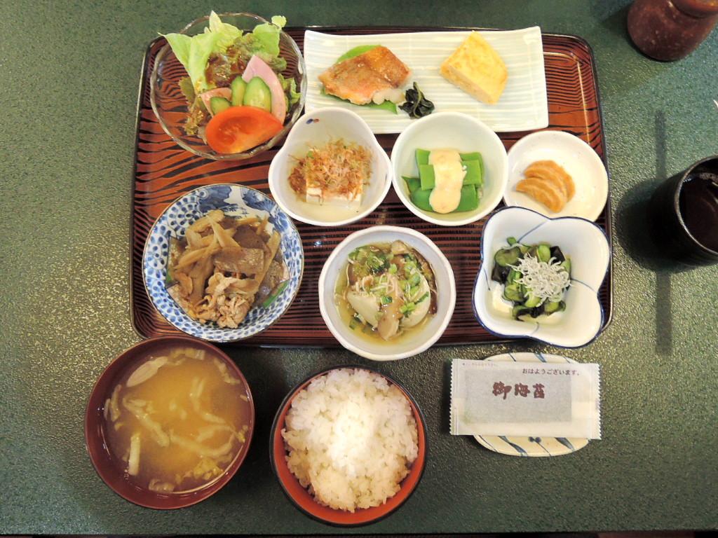 めざまし食堂