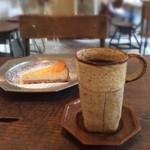 roti cafe - 【2014年10月再訪】Coffee。個性的。冷めない縦長CUP!!