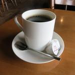 STRONG BOSS SALOON - コーヒー400円をいただきました。