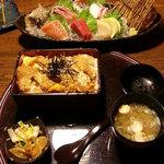 いっちょう - 料理写真:ロースかつ丼・刺身5点盛り
