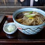 村屋東亭 - きのこそば ¥850