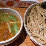 臥龍 - 味噌辛つけ麺