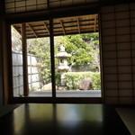 日本料理 子孫 - 大きな和室